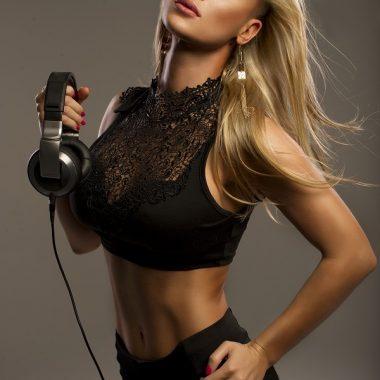 dj-hot-lady